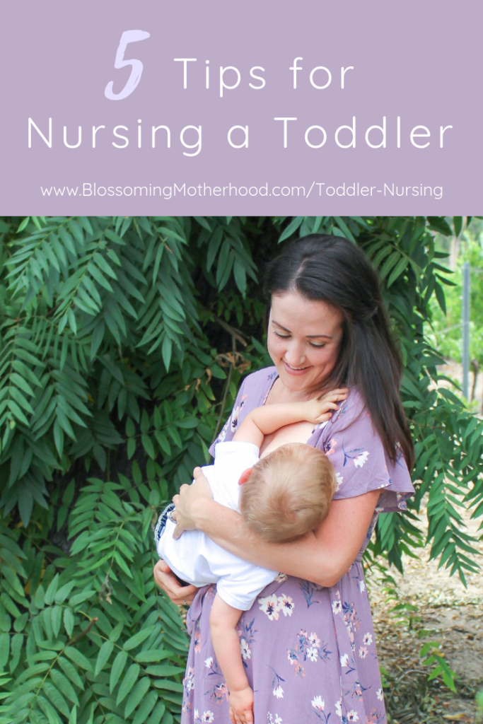 Tips for full term nursing. How to nurse a toddler. Sharing tips for nursing toddlers. Nursing outfits. Breastfeeding friendly outfits.