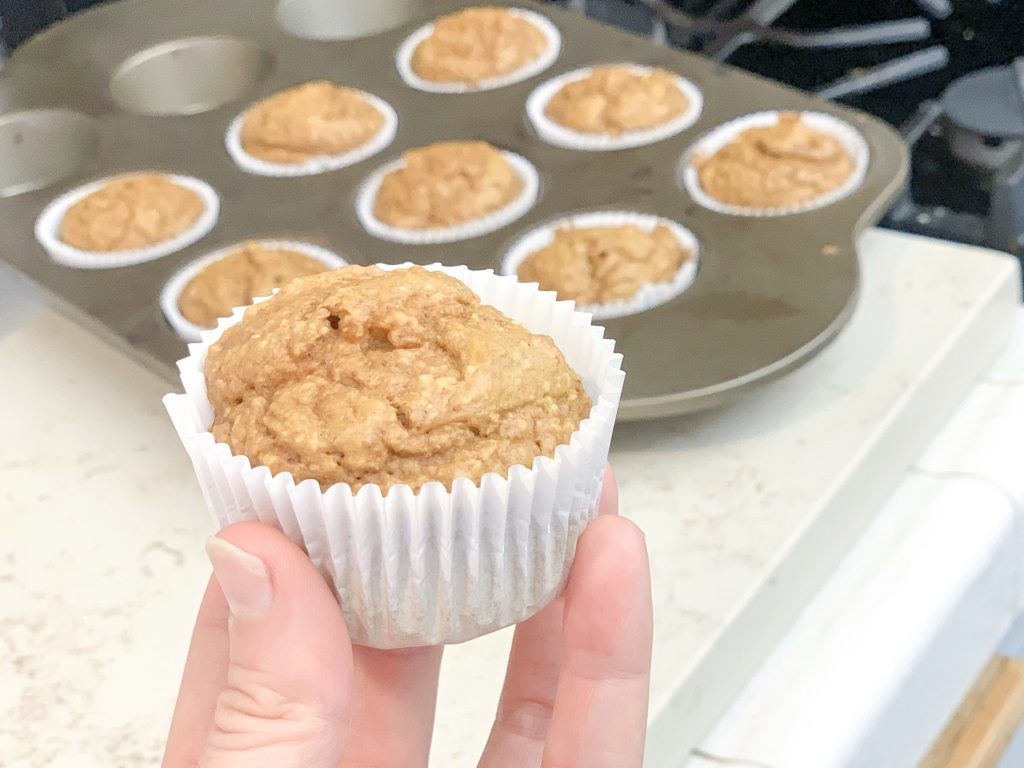 Healthy pumpkin spice recipes for fall! A roundup of my favorite pumpkin recipes that won't give you any guilt! Guilt free pumpkin recipes! Gluten Free Pumpkin Spice Muffins.