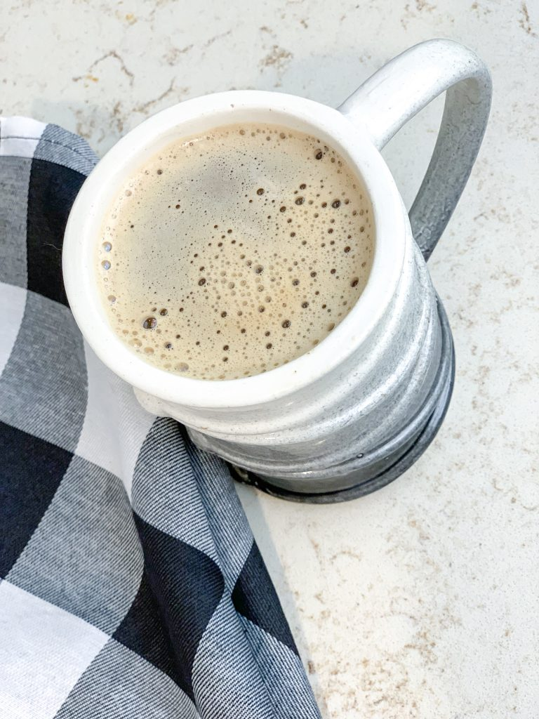 dairy-free pumpkin spice creamer. easy DIY coffee creamer pumpkin spice. Dairy-free pumpkin spice coffee creamer recipe! How to make pumpkin spice creamer at home that is dairy free and free from additives!